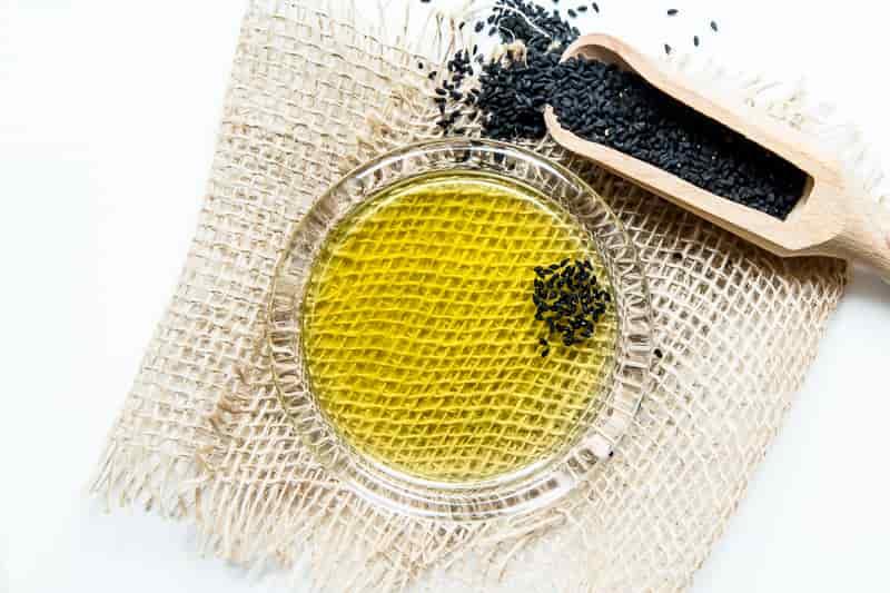 olej z czarnuszki na wrzody