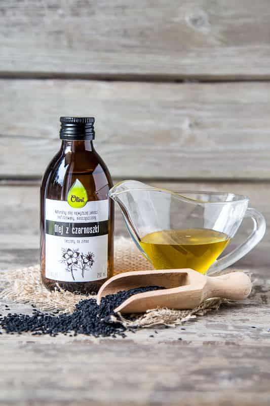 olej z czarnuszki łagodzi przebieg schorzeń układu nerwowego
